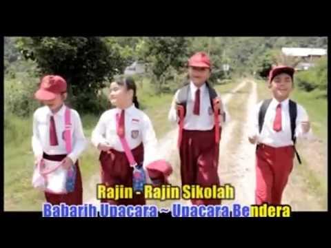 Penyanyi Cilik Minang Rajin Sikolah (nando)