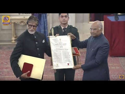 #AmitabhBachchan receives #DadasahebPhalkeAward from Preside