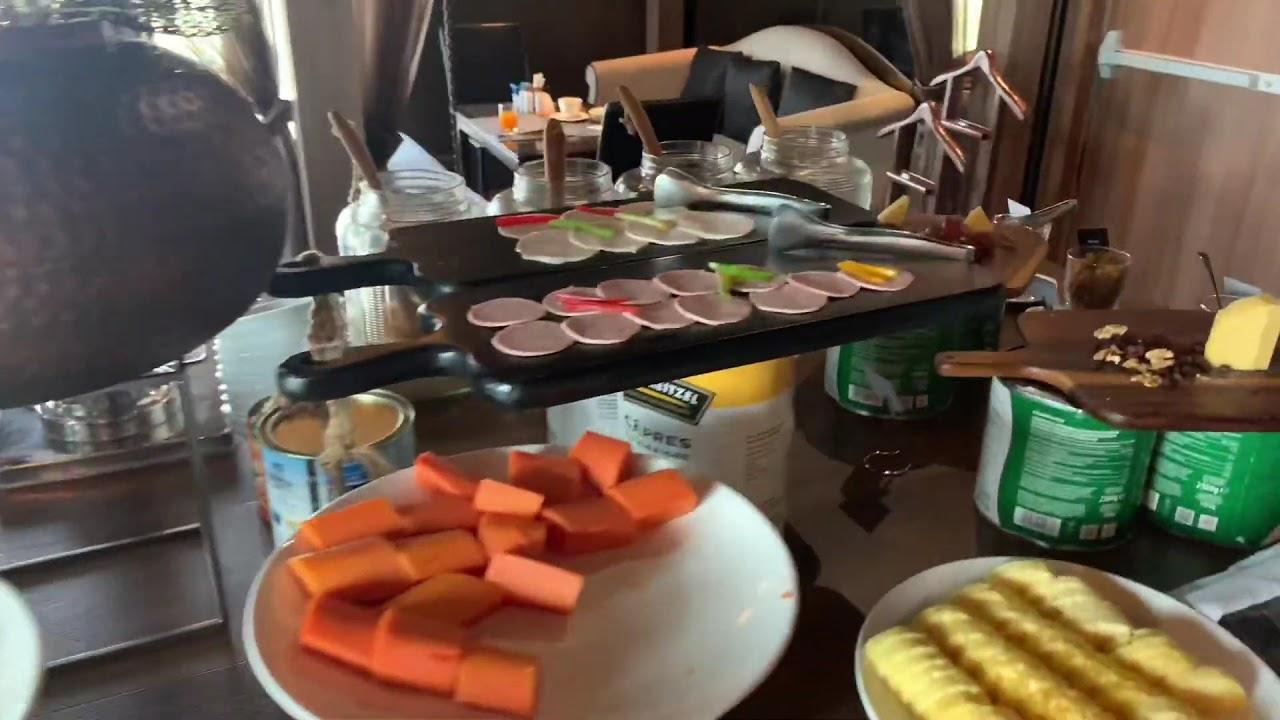 The Continent Hotel Bangkok Breakfast