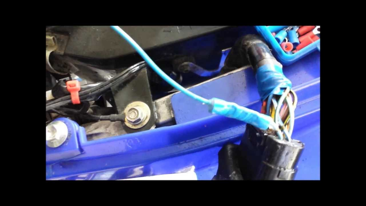how not to do the blue wire mod youtube rh youtube com 2001 yamaha raptor wiring harness 2001 yamaha raptor 660 wiring diagram [ 1280 x 720 Pixel ]