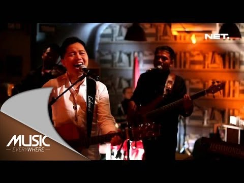 Music Everywhere - Sandhy Sondoro - The End Of Rainbow
