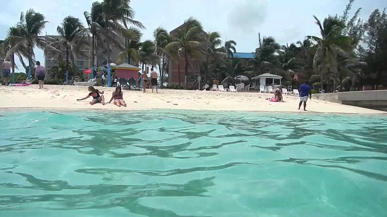 how to get to adelaide beach nassau