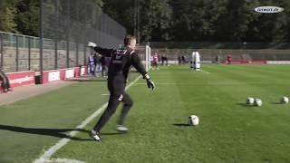 torwart.de-Torwarttraining mit A. Bade: Flanken und Spieleröffnung mit Trainingsdummys