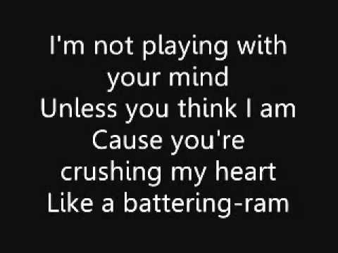 Green Day - Amanda - Lyrics