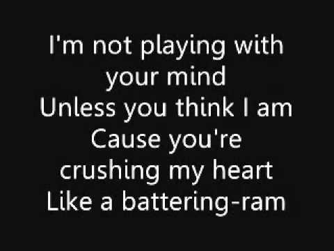Green Day - Amanda - Lyrics