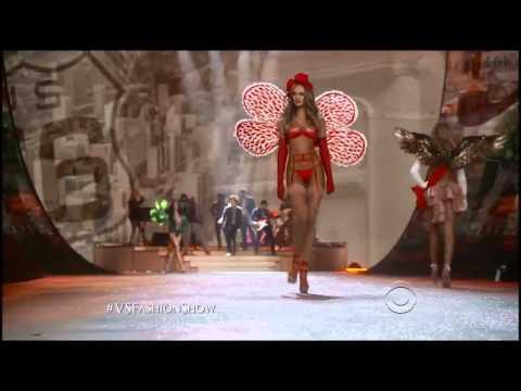 Victoria's Secret Fashion Show Candice Swanepoel