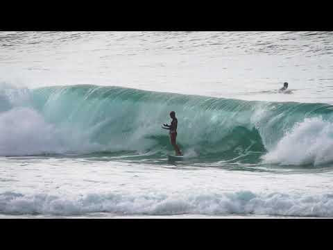 69d9762c1c Kelly Slater Magic - Amazing Maneuver At Pipe Masters - YouTube