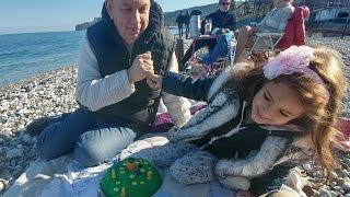 Video Zıp zıp tavşan oynuyoruz plajda dede elif , eğlenceli çocuk videosu download MP3, 3GP, MP4, WEBM, AVI, FLV November 2017