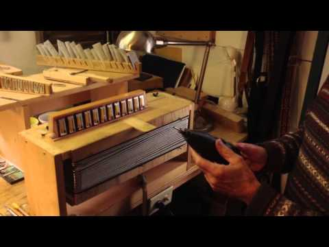 Accordion tuning table