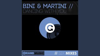 Play Dancing With You (HOG club mix)