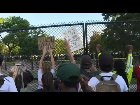 Protesters Rally Outside The White House As Curfew Begins | AFP