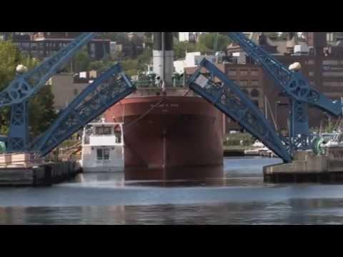 Lake Superior Fishing Charters.wmv