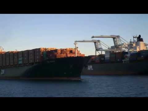 Bay Area Container Ship Spotting - ZIM Pusan deparding Oakland  June 18, 2013