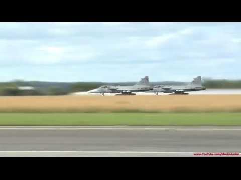 JAS39Gripen Dogfight (English subtitles available)