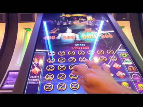 The Wizard of Oz.Slot machine haunted forest bonus
