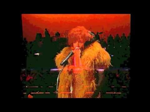 SINGERS SHOWDOWN #1 Vic Damone VS Shirley Bassey THIS IS MY LIFE