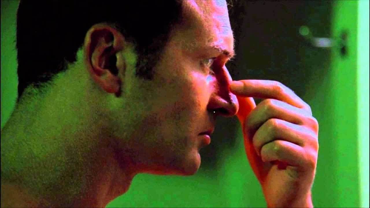 Download Nip/tuck - Christian tries to fix his nose