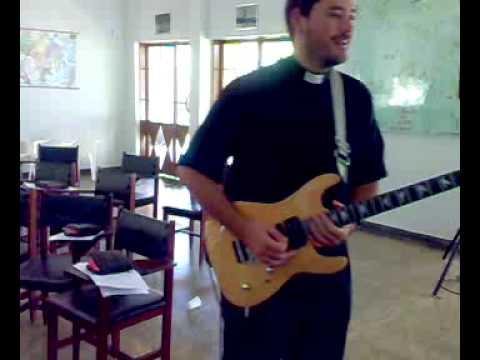 Padre Santiago na Guita