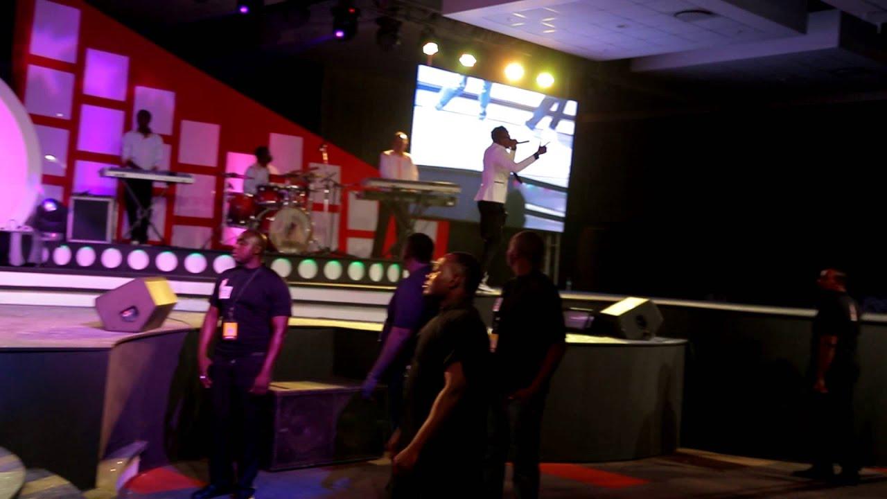 DIAMOND PLATNUMZ PERFOMING NUMBER 1,LIVE AT TANZANIA MUSIC AWARDS-2014