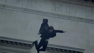 Разыграли Ромео и Джульетту на крыше. Смерть Мориарти и Шерлока. Шерлок. 2012