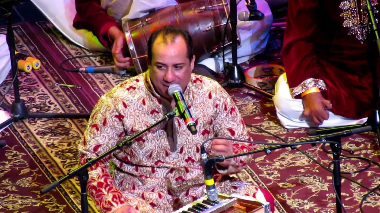 Rahat Fateh Ali Khan Singing Tere Mast Mast Do Nain Live Dabangg Youtube