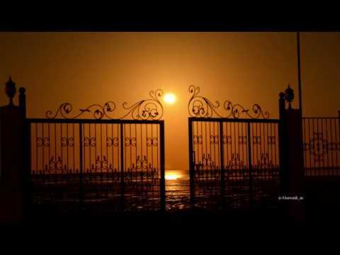 Timelapse  - The Moon and Abu Dhabi