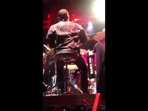 Chad Wright drum solo with The Jacksons 2013 in Australia
