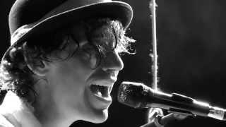 "Mika ""Over My Shoulder"" LPR, NYC"