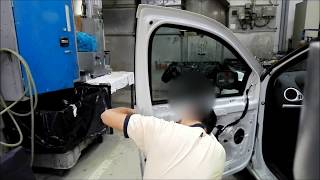Tuto démontage poignée de porte Renault Clio 3/disassembly door handle Renault Clio 3