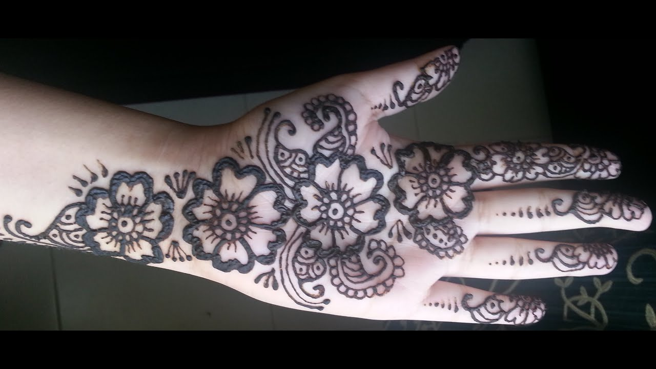 Floral Henna Designs: Arabic Fusion Style Mehndi Design