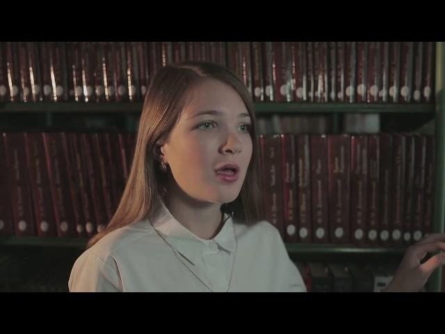 Изображение предпросмотра прочтения – МарияШолева читает произведение «Белые клавиши (Белые клавиши в сердце моём…)» В.Я.Брюсова