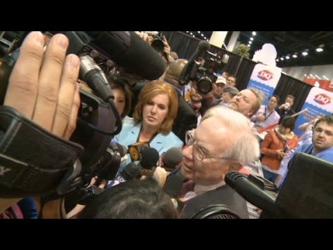The Buffett investor and media circus