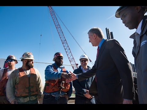 Now Hiring: Mayor de Blasio Announces New Ferry Service Adding Jobs in Brooklyn Navy Yard