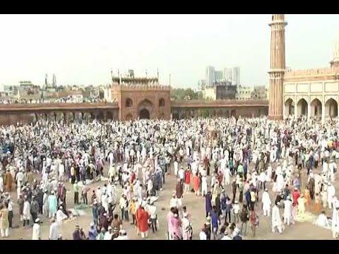 Eid Mubarak 2017: People offer Eid prayers at Delhi's Jama Masjid