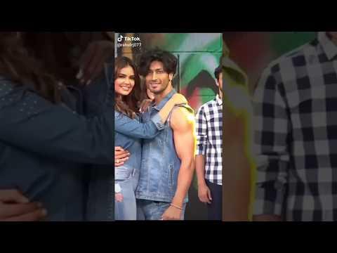 #Vidyut Jamwal And#sunny Leone,💋💋💋 Romantic Video