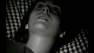 Repeat youtube video Berliner Antigone - Guillotine - Young Woman