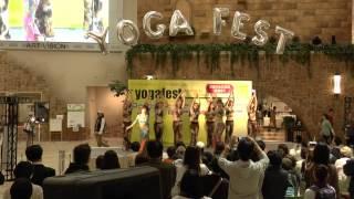 2013/4/14 うめだ阪急本店にて開催したヨガフェスタ@Hankyu 9F祝祭広...