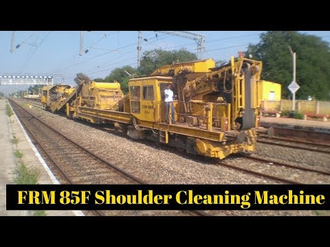 The FRM 85F Shoulder Cleaning Machine | Southern Railway