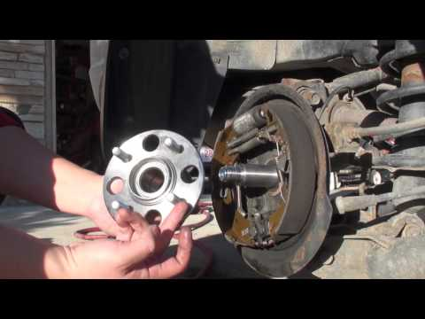 How to Diagnose and Replace 2001-2005 Honda Civic Rear Wheel Bearings