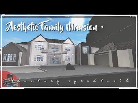Roblox bloxburg aesthetic family mansion youtube for Home esthetics