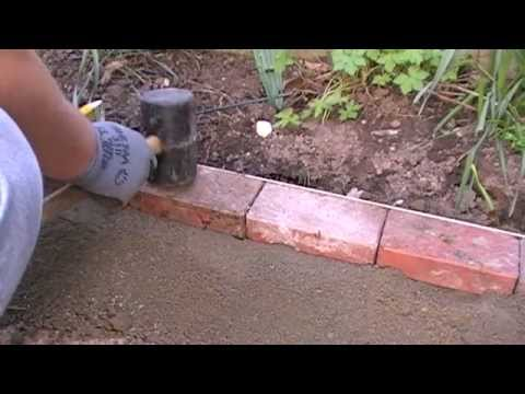 Laying a block edge course