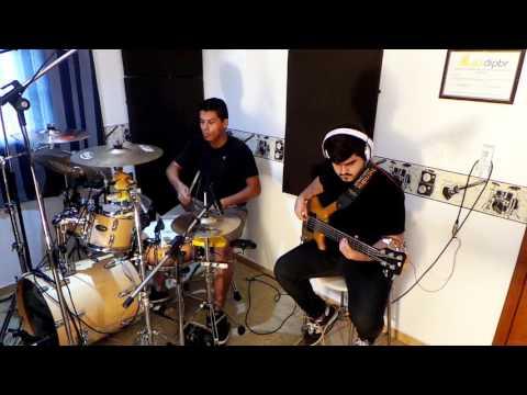 Maiara e Maraisa - Sorte que Cê Beija Bem - Bass and Drums