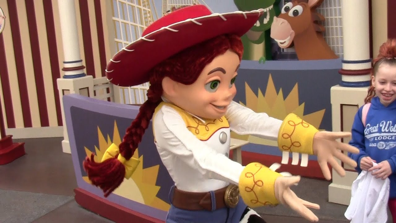 Jessie Toy Story Sings Happy Birthday And Dances