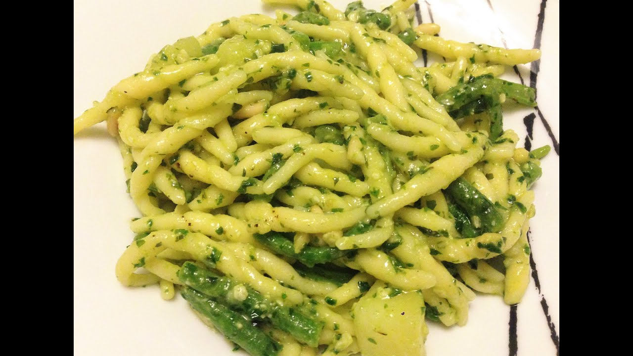 Fusilli al pesto in english