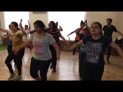 Bhangra Gidha || Nimrat Khaira || Bhangra Batch || Fitness class || Jatinder Singh