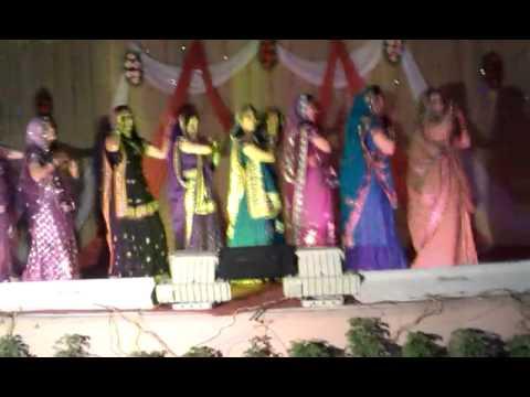 Devrani jethani dance at sangeeth