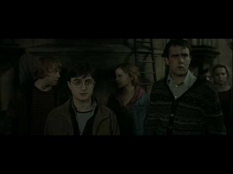 Thumbnail: Harry Potter and the Deathly Hallows - Part 2 (Back to Hogwarts Scene - HD)