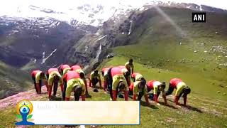 Download Lagu Watch: ITBP personnel perform yoga at 13,200 feet in Rohtang Pass mp3