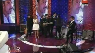 """Los Bunkers interpretan """"Angel para un final"""" en homenaje a Felipe Camiroaga - TVN 2011"""