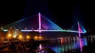 Cầu Bãi Cháy lung linh sắc màu